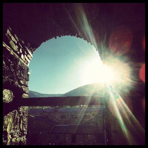 En el Campanario de ValverdeDeLosArroyos disfrutando del Sol y de las maravillosas vistas que nos da este pueblo. Sun Sunset
