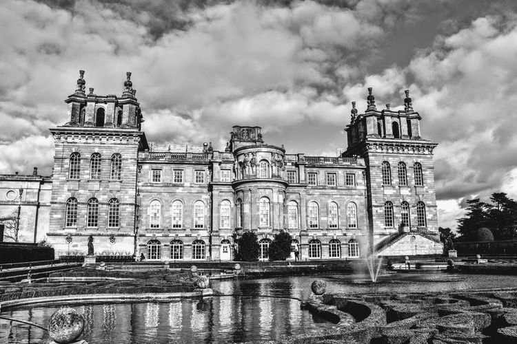 Blenheim Palace Water Garden Photowalktheworld Nikonphotographer Nikonphotography Blackandwhite Weather Palace Stately Home England Uk Blenheimpalace Garden Fountain City King - Royal Person Carousel Cityscape Arts Culture And Entertainment Politics And Government Amusement Park Sky Architecture Cloud - Sky