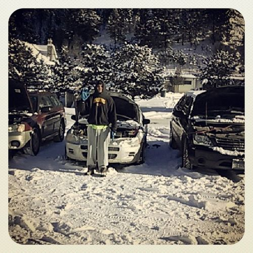 How many cars does it take to jump Daniel's car? 2 and it's still dead. We played the hash tag game while waiting: Thissucks Icantfeelmyfeet Redwhiteandblue Itssilver shutupdontruinit buzzkill spiritfingers shesdeadgeorge montana winter