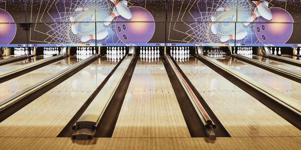 🎳 EyeEm 35mm Eye4photography  EyeEmBestPics EyeEm Best Shots Bowling Bowling Alley