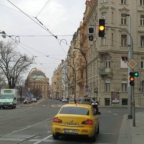 Almost red, but not yet red 😂😂 Notstopping Prague Czechrepublic Yellowtaxi Weekend Travel IGDaily Igtravel Saturday Jetlag