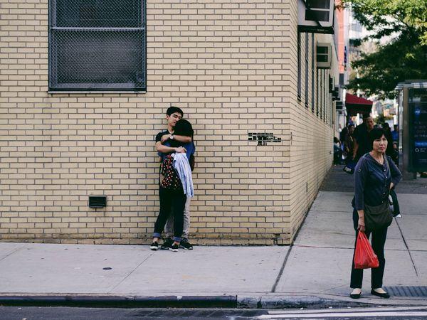 Chinatown romance. New York Streetphotography Street Photography Youth Of Today The Street Photographer - 2016 EyeEm Awards