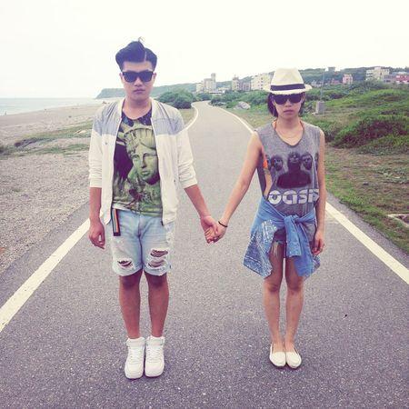 七星潭 Chisingtan Hualien, Taiwan My Younger Brother Hold My Hand