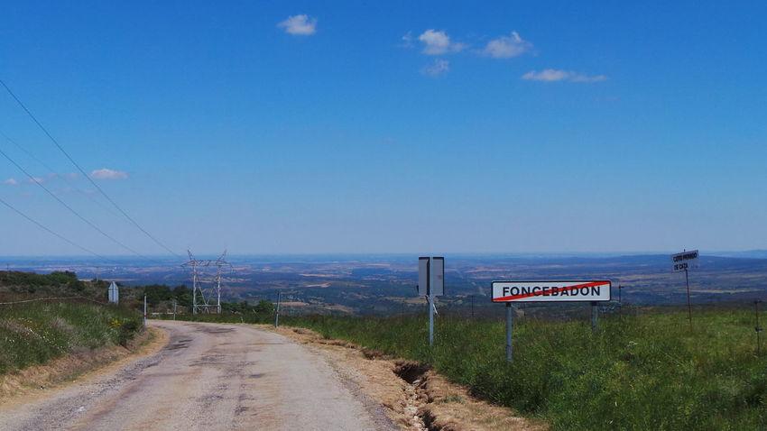 Camino CaminodeSantiago El Camino De Santiago ElCaminoDeSantiago Jakobsweg Road Track Way Way Of Saint James Weg Wege Und Strassen Foncebadon