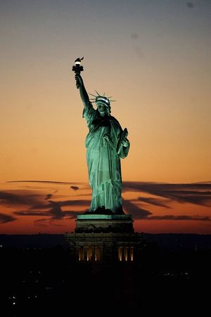 Statue Of Liberty Statue Lady Liberty New York Harbor New York City NYC Sunset Battle Of The Cities