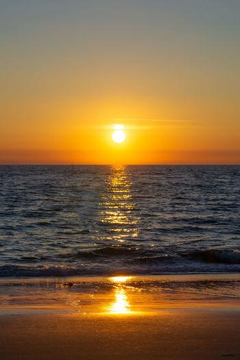 Kampen - Sylt Deutschland Kampen, Sylt Sonnenuntergang Sylt Strand Sylt, Germany Beach Horizon Horizon Over Water Nature No People Orange Color Outdoors Reflection Scenics - Nature Sea Sky Sun Sunlight Sunset Sylt Water