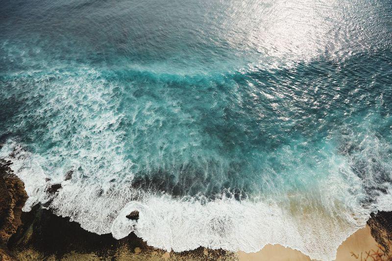 Waves splashing on rocks