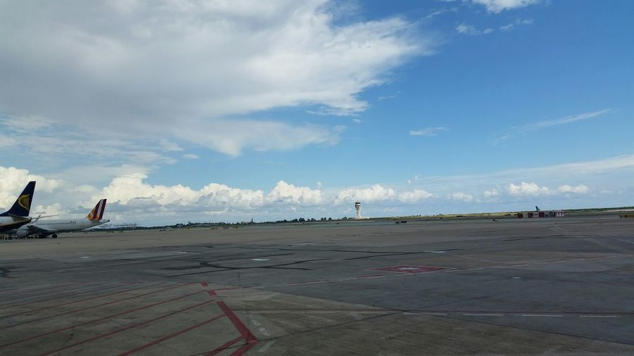 Airport Barcelona Clouds And Sky Enjoying Life Nofilter#noedit Everyday Joy Relaxing