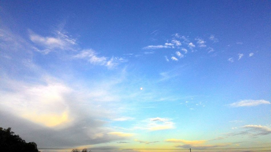 Clouds And Sky Taking Photos Relaxing Enjoying Life Nature Hello World