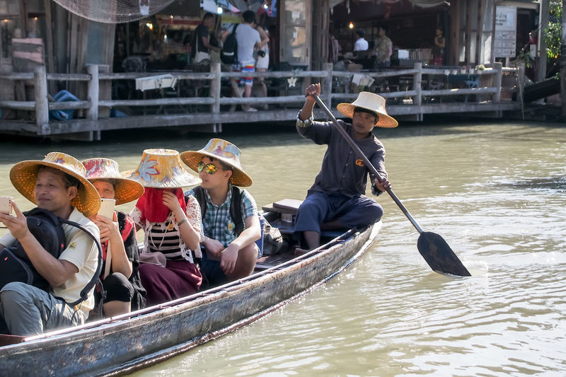 Adult Adults Only Canal City Day Gondola - Traditional Boat Gondolier Hat Headwear Nautical Vessel Oar Occupation Outdoors People Rowing Transportation Travel Water Young Adult