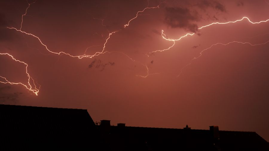 Sommergewitter First Eyeem Photo Breathing Space Blitz Lightning Thunderstorm Tübingen Sony A6000 EyEmNewHere EyeEmNewHere EyeEmNewHere EyeEmNewHere EyeEmNewHere Discover Berlin Been There. Lost In The Landscape Perspectives On Nature The Graphic City Colour Your Horizn Mobility In Mega Cities HUAWEI Photo Award: After Dark A New Beginning