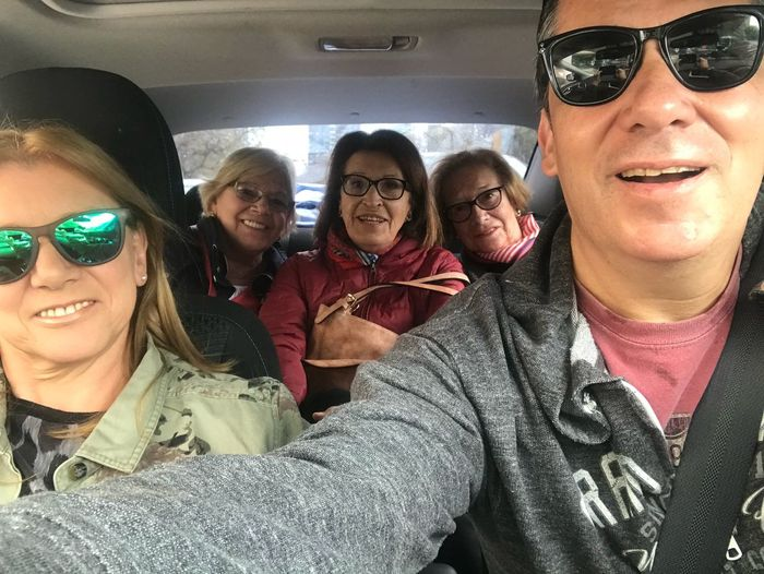 A Buenos Aires trip Glasses Vehicle Interior Sunglasses Mode Of Transportation Transportation Car Group Of People Motor Vehicle Women Lifestyles Real People Fashion Adult Smiling Travel Togetherness Sitting Emotion Happiness Young Adult