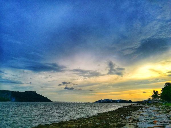 Nice Moment #queenbaymall #penang #malaysia #rilex #JustMe #Chill Water Sea Beach Sky Sunset Blue Nature Cloud - Sky Outdoors Day Scenics No People Beauty In Nature Shades Of Winter