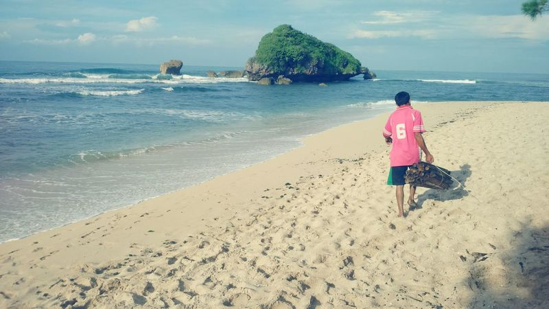 Pantai sadranan jogja On The Beach Vacation2015 Capturing Freedom