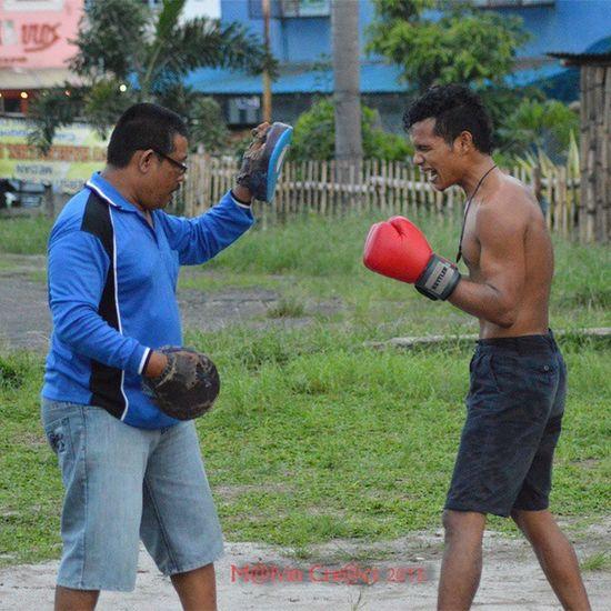 Boxer workout...Pertina Simalungun Pematangsiantar Boxer Boxing Petinju WBA Kti  ...