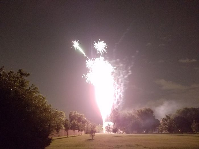 Oklahoma Sky 4th Of July 2016 Fireworks Night Fire Night Of Lights  Blur FireskyEnjoying Life 4th Of July Night Of Light Oklahoma Fireworks Fire In The Sky Explosion Stars Of Earth Oklahoma City Fire Tower Tower Of Fire