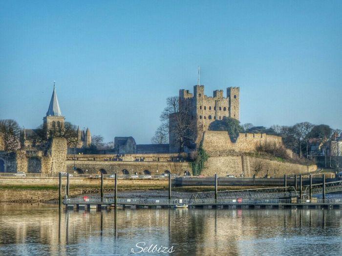 Taking Photos Castle Rochester Riverside