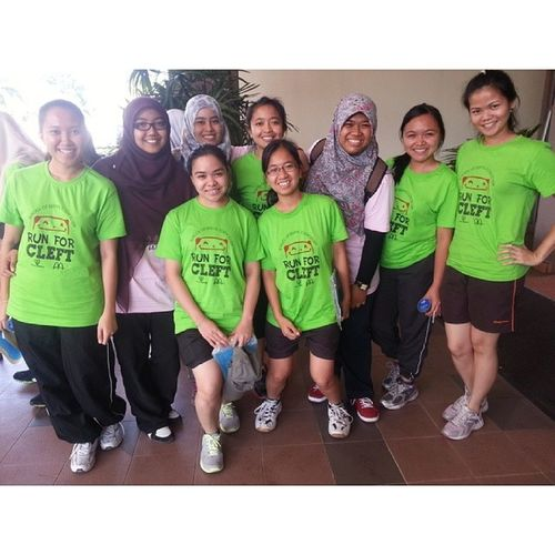 Bj hijau - peserta larian amal Bj pink - ajk aktiviti Firsttimepakaibjpink Rfc PPSG USMKK