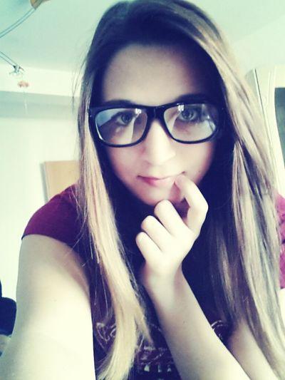 Hi Friends *-*