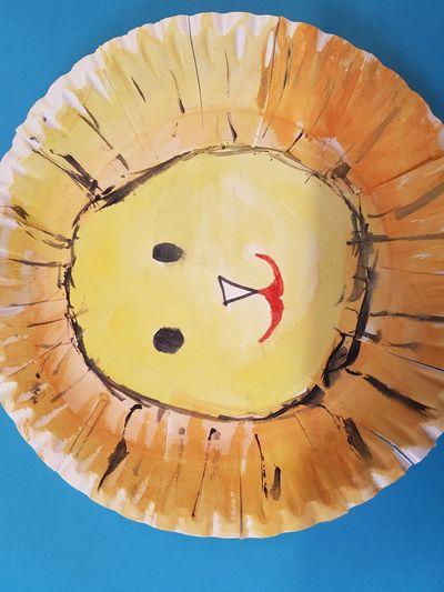 Arts And Crafts Crafts Lion Circle Close-up Directly Above Easy Crafts Food Geometric Shape Indoors  Kids Costumes Kids Crafts Lion Mask No People Paper Plate Paper Plate Mask Pattern Shape Still Life Yellow