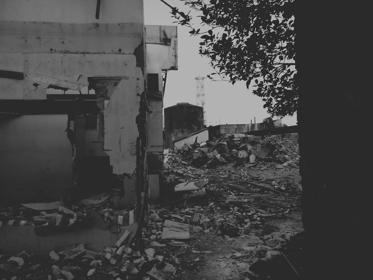 The Ruins Bad Condition No People Outdoors Collapse Vacant Lot Rock