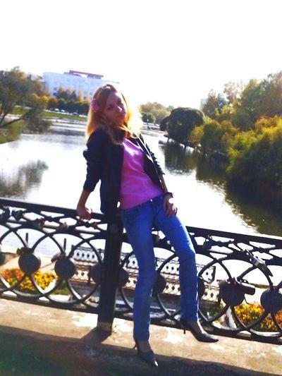 На прогулке по городу Kirov SexyGirl.♥ Cute♡ Modelgirl Beautiful GirlPeople Of EyeEm Beautiful Woman Mobile Photography Travel Photography Street Fashion