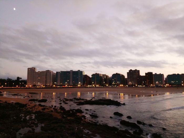 Gijón Asturias Por La Tarde