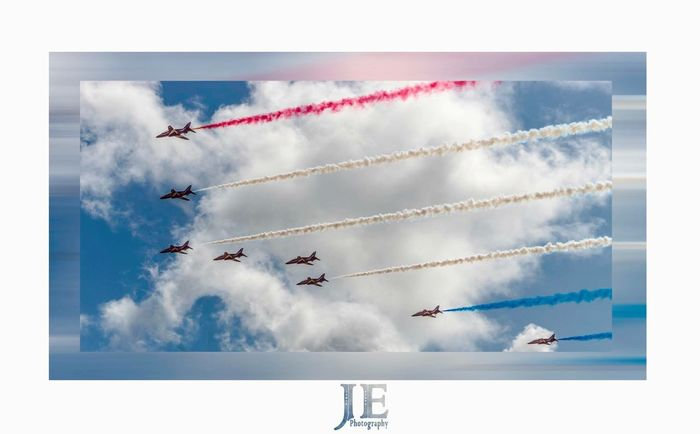 Vapor Trail Airplane Airshow Sky Teamwork Smoke - Physical Structure Transportation Flying Cloud - Sky Formation Flying Air Vehicle Mode Of Transport Performance Skill  Fighter Plane Low Angle View Day Stunt Motion Aerobatics
