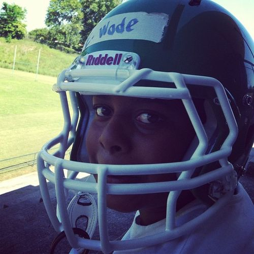 Nephew at spring training 8thgradeFootball ... He look like a baby lmao