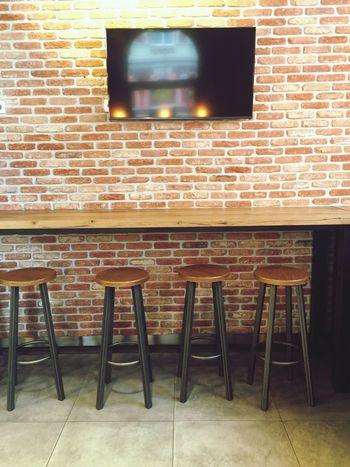 Empty Chair Chair Brick Wall Red Brick Bar Restaurants Decor Restaurant Decor