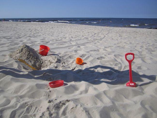 Beach Beachphotography Beach Photography Strand Sandspielzeug Buddeln Spielzeug Holiday Summer Summertime
