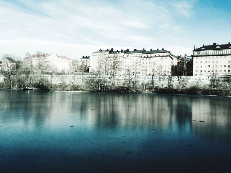 Buildings Water Reflections Water_collection Waterphoto EyeEm Gallery Eyeemphotography