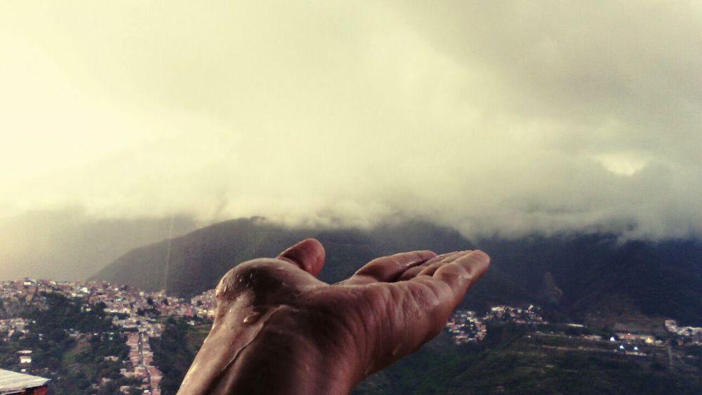 Venezuela, Caracas. Niebla Gotas Balcony God Tranquil Scene Ciudad Bonita Water Live For The Story