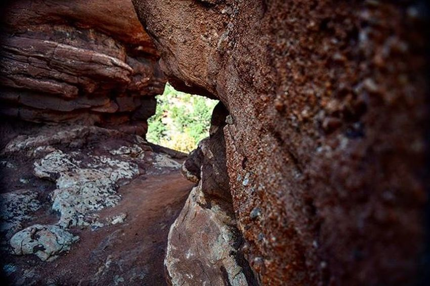 Rocks Gardenofthegods Nature Travel Abstract Redrocks Coloradosprings Colorado Tunnel Perspective Nikon D3300 Letsgosomewhere