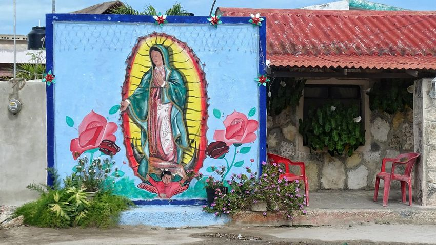Mexico Y Su Naturaleza Virgendeguadalupe Graffiti Outdoors Day Building Exterior Street Art Architecture Built Structure No People Multi Colored Sky EyeEmNewHere Shades Of Winter
