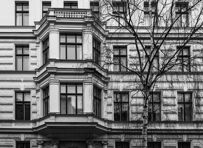 Architecture Architecture Berlin Blackandwhite Building Exterior Built Structure City Life Day Kreuzberg Mendelssohn-bartholdy Parc Monochrome No People Outdoors Park Schwarzweiß Winter Black And White GERMANY🇩🇪DEUTSCHERLAND@