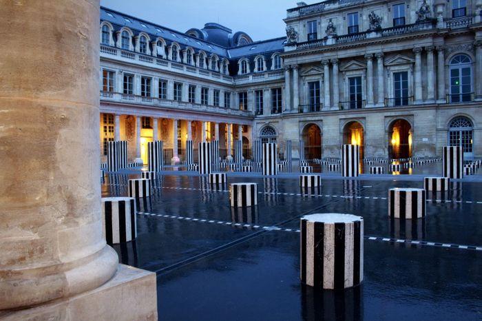 Palais Royal Architecture Architectural Column Built Structure History Colonnes De Buren Illuminated Dusk Dusk In The City Dusk Colours Paris, France  Rain In The City Rain City Paris ❤ Touristspot Architecture