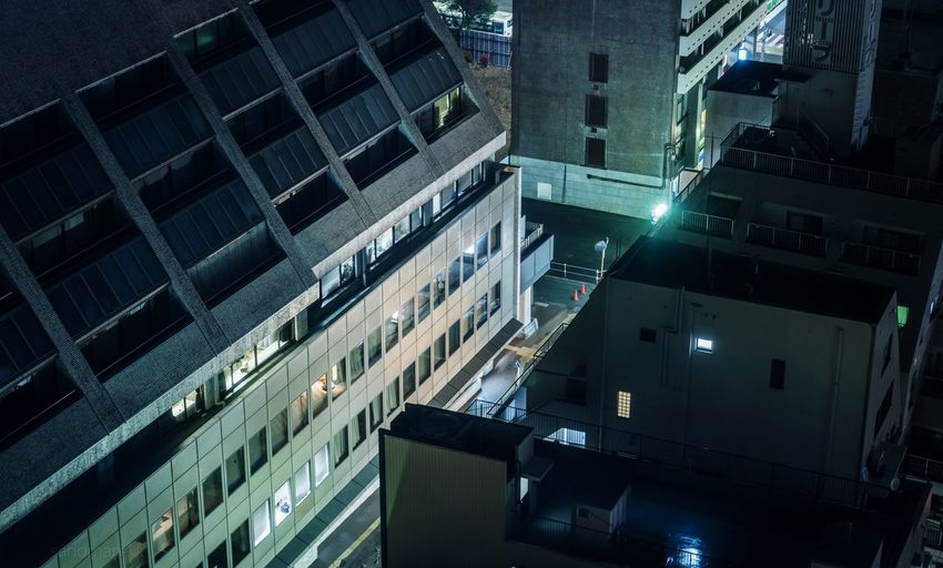 Tokyo, Japan, 2017. 6442 https://instagram.com/p/BhB0bxNnIDN/ EyeEmNewHere Japan Photography Building Exterior Built Structure Architecture Building City No People Residential District High Angle View Window Illuminated Reflection