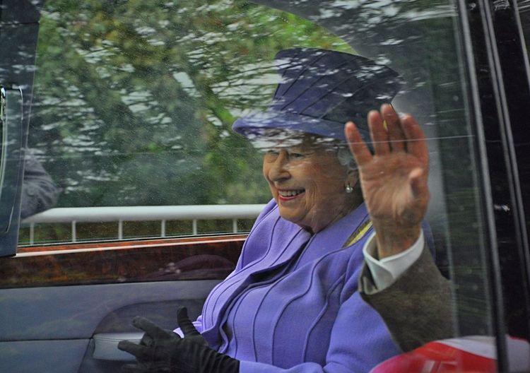 Queen Royalty Braemar Gathering Royal Family Braemar Scotland Uk Highland Games Elizabeth II
