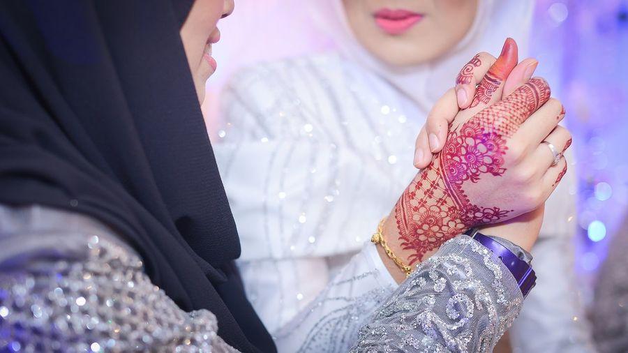 Henna Art EyeEm Selects Only Women Adult Women Adults Only People Young Women Young Adult