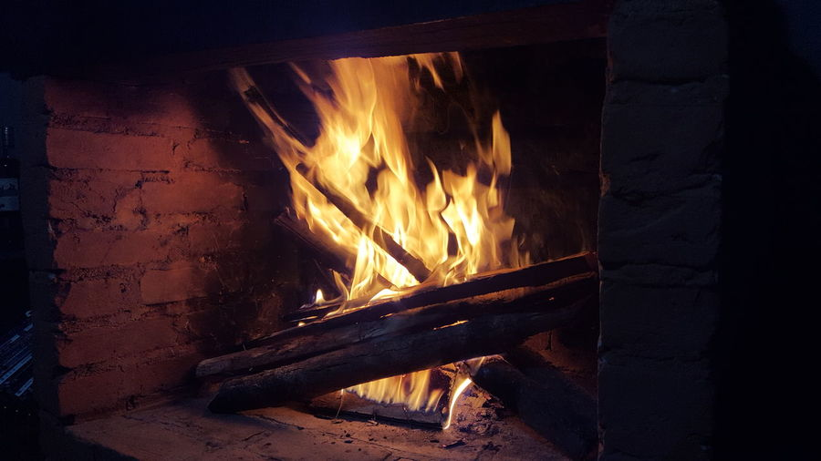 Heat - Temperature Flame Burning Night No People Fire Lavras Novas MG :-) Minas Gerais Tranquility Travel Photography Traveling Travel Destinations Resting Resting Time Resting Place The Week On EyeEm