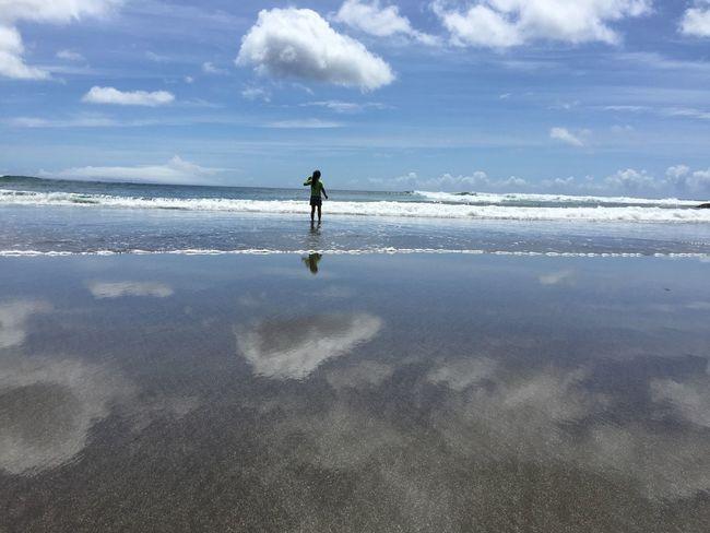 Sunshine Getting A Tan Sea Relaxing Enjoying The Sun Beach Life Is A Beach Beautiful Sea And Sky Beach Photography