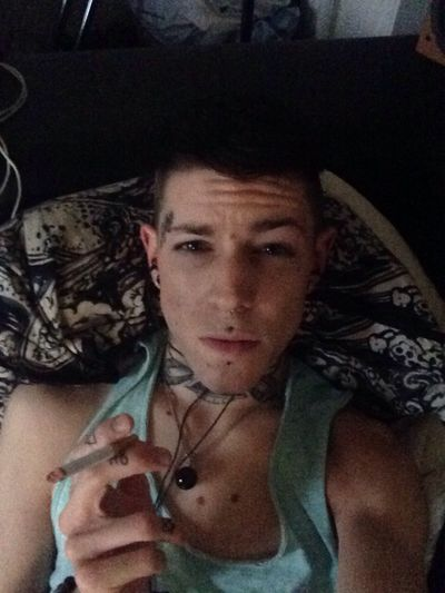 Toxico, black, it always Come back, i'm back, i'm a black sheep. Gay Picoftheday Self Portrait France