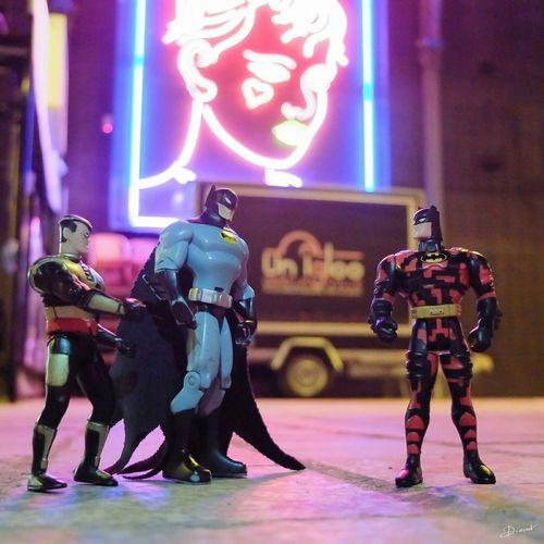I'M BATMAN ! No its me ! I'M BATMAN ! I'm Batman! Batman Robin Mk2 Batounet