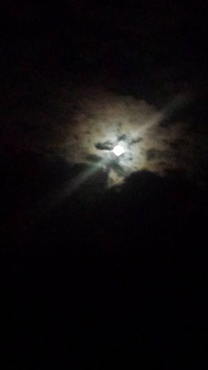 The Purist (no Edit, No Filter) Moon_collection Light And Shadow Nightphotography EyeEm Gallery Eye4photography  Moon And Clouds