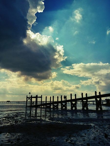 Beautful skies over Southend pier. Nature Seaside Southend On Sea Sea Sea View Sea And Sky Southend British Seaside This Is Britain Seascape Sky Skyscape Clouds Clouds And Sky Cloudscape Beauty In Nature Beautiful Nature Blue Wave The Great Outdoors - 2016 EyeEm Awards