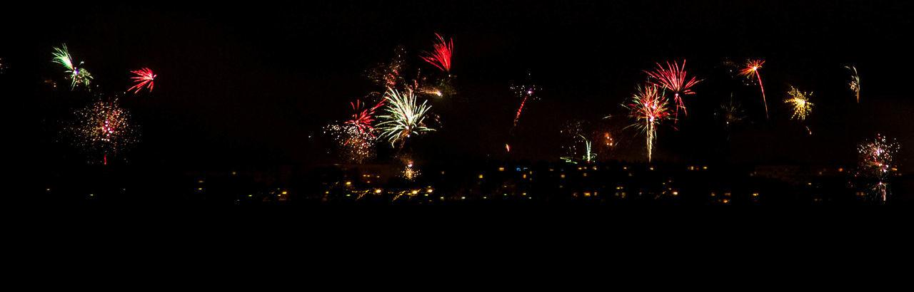 Happy New Year Silvester Feuerwerk Firework New Year Around The World Learn & Shoot : After Dark After Dark