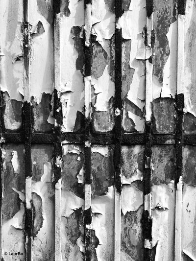 Abstract Abstract Photography Bad Condition Beauty Everywhere Black And White Photography Blackandwhite Close-up Contrast Deterioration Everyday Objects Eyem Best Shots Eyem Gallery Eyemphotography Fence Full Frame Gate Obsolete Old Outdoors Rust Simplicity Simplicity Is Beauty. Texture Textures And Surfaces Monochrome Photography