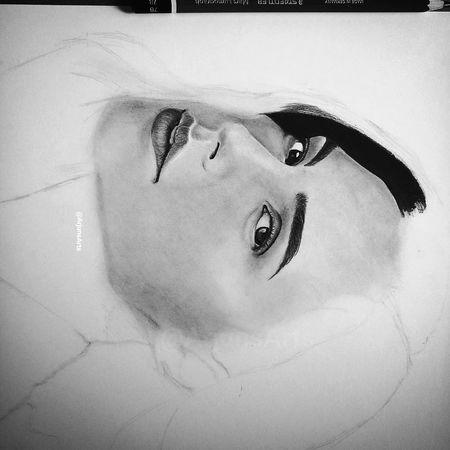 Galgadot Wonderwoman MyArt Artist Drawing Sketch Myartwork ArtWork Portrait Art Beautiful Eyes Amazing India Inspiration Peinture Painting Eye Eyebrows Justiceleague Batman Aquaman Follow me for more updates... https://www.instagram.com/arjunsarts/ https://www.facebook.com/arjunsarts/