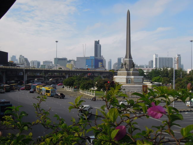 victory monument recapture of bangkok Thailand Architecture Bangkok City City Life Cityscape Landmark Metropolis Monument Old Architecture ReCapture Thailand Traffic Victory Monument
